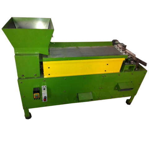 Auto zipper slider rolling machine